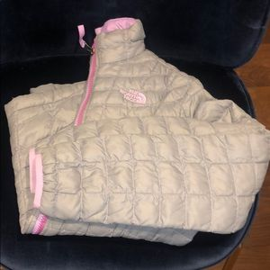 Girls north face gray jacket with purple trim